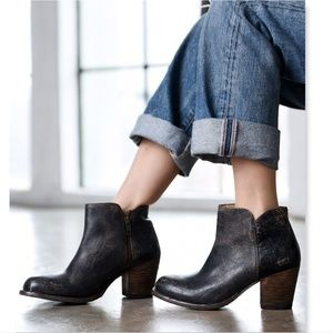 New BED STU Gray Black Distressed Rustic Boots 7.5
